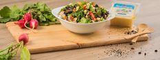 Συνταγή | Σαλάτα με κοτόπουλο, μανιτάρια, τοματίνια και Τρικαλινό Ελαφρύ