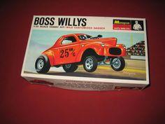 Monogram BOSS WILLYS 1/32 Scale Hobby Kit / Wild Customized Gasser PC139  #Monogram Hobby Kits, Cars Usa, Vintage Monogram, Scale, Boss, Weighing Scale, Libra, Balance Sheet, Ladder