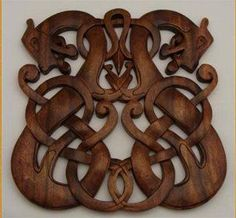 viking carving photography - Google This is my favourite Norse design.