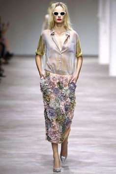 Dries Van Noten Spring 2013 Ready-to-Wear Fashion Show - Irene Hiemstra (VIVA)