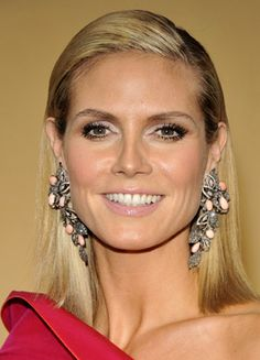 Heidi Klum German People, Heidi Klum, Love Her, Beautiful Women, Actresses, Celebrities, Face, Project Runway, Dress Red