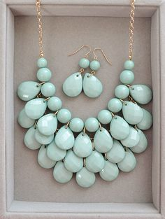Hottest Wedding Color Mint - Teardrop Statement Necklace