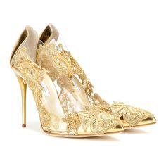 Oscar de la Renta 'Alyssa' embellished transparent pumps ❤ liked on Polyvore featuring shoes, pumps, embellished pumps, decorating shoes, red carpet shoes, oscar de la renta pumps and embellished shoes