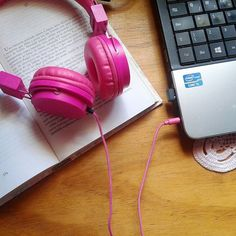 As férias estão acabando..... #triste  ___  #book #livros #books #happy #love #bookstagram #amoler #reading #read #bookme #bookworm #bibliophile #picoftheday #photography #nerd #good #bookaholic #bookaddict #leia #literally #boanoite #goodnight #night