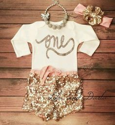 1st baby girl birthday outfit First Birthday Shirts, Girl Birthday, Birthday Outfits, Birthday Ideas, Future Daughter, Future Baby, Baby Girl Fashion, Kids Fashion, Outfit Trends