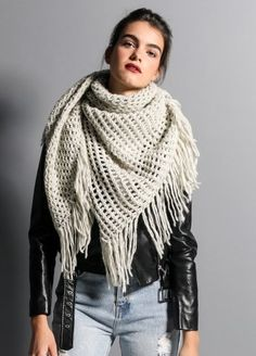 Ranta Scarf: making this in Spotted Mauve right now. So easy! Give it a try.