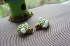 """Free pattern for """"Two Turtle Doves""""!  aren't these just the cutest?"""