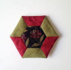 Tutorial para realizar un acerico hexagonal. Segundo tutorial dentro de la serie de Set de costura. Proyectos de patchwork