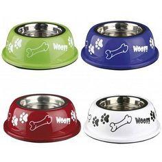 Voerbak Woof is een voerbak in hippe kleurtjes met antislip. Verkrijgbaar in vier felle kleurtjes. En in vier verschillende grootte.
