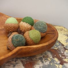 Forest Green Acorns ~ he  suggested branches, leaves and acorns as design elements