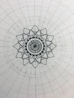 Mandala Doodle, Mandala Art Lesson, Mandala Artwork, Mandala Painting, Mandala Drawing, Doodle Art, Dibujos Zentangle Art, Zentangle Drawings, Art Drawings
