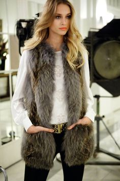 fur fashion directory is a online fur fashion magazine with links and resources related to furs and fashion. furfashionguide is the largest fur fashion directory online, with links to fur fashion shop stores, fur coat market and fur jacket sale. Fur Fashion, Love Fashion, Fashion Looks, Fashion Outfits, Womens Fashion, Fashion Clothes, Fashion Vestidos, Fur Gilet, Vest Outfits