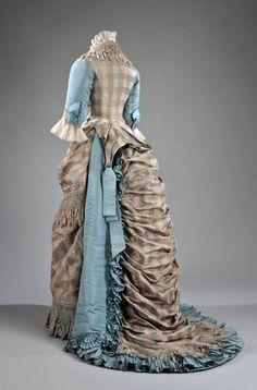 1873 silk evening dress, McCord Museum