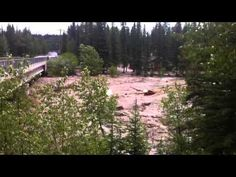Alberta flood washes an entire house down Bragg Creek: Video - National Post Bragg Creek, Weather Network, Floating House, Natural Disasters, Calgary, Beautiful World, Favorite Things, Bridge, Sad