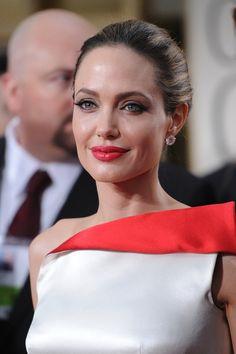Angelina Jolie - Golden Globes 2012
