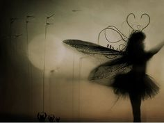 Marcella Sidartawan - moon dance-lesson number two, niños Fairy Dust, Fairy Land, Fairy Tales, Love Fairy, Beautiful Fairies, Magical Creatures, Community Art, Faeries, Mystic