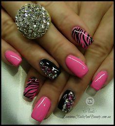 Hot pink/black nails