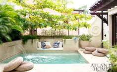 A rooftop plunge pool and adjacent cabana connect the two formerly separate properties. A rooftop plunge pool and adjacent cabana connect the two formerly separate properties. Small Backyard Pools, Small Pools, Outdoor Pool, Backyard Landscaping, Rooftop Pool, Backyard Seating, Rooftop Garden, Backyard Patio, Backyard Ideas