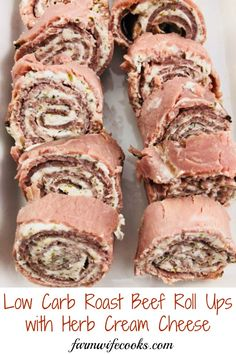 Low-carb roast beef roll-ups with herb cream cheese - the farmwife cooks Meat Appetizers Appetizers Appetizers keto Appetizers parties Appetizers recipes Make Ahead Appetizers, Low Carb Appetizers, Appetizers For Party, Appetizer Recipes, Roast Beef Appetizers, Party Snacks, Catering Recipes, Appetizer Sandwiches, Soup Appetizers