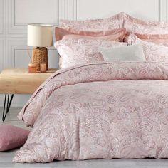 Ανακαλύψτε την ολοκληρωμένη συλλογή Sair της Nef Nef σε σεντόνια, πάπλωμα και παπλωματοθήκη! Comforters, Blanket, Bed, Pink, Furniture, Home Decor, Creature Comforts, Quilts, Decoration Home