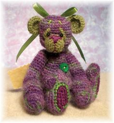 Thread Crochet Bear Pattern. This is so cute, I went to the link and she is no longer there.....Sandy