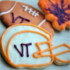 """Sweet """"Welcome Back, Football Season"""" treat; obviously alternatives in the food coloring department."""