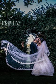 Chilly Wedding Tom Halliday Photography - UK Wedding Photography - Bride - Groom - Country House Wedding - Fennes Estate