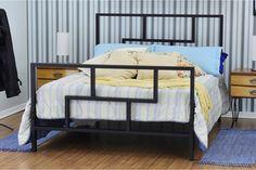 cama de ferro Bar Set Furniture, Industrial Design Furniture, Iron Furniture, Steel Furniture, Classic Furniture, Home Decor Furniture, Bedroom Furniture, Furniture Design, Bed Frame Design