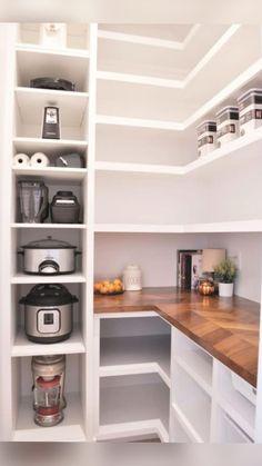 Kitchen Pantry Design, Home Decor Kitchen, Kitchen Interior, New Kitchen, Home Kitchens, Kitchen Furniture, Dream Kitchens, Diy Interior, Kitchen Modern