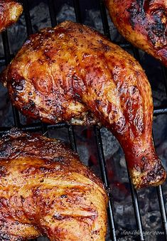 KICKIN' GRILLED CHICKEN LEGS: Super easy, super quick and lip-smacking delicious, kickin' grilled chicken legs. It takes only 5 minutes to prepare and 30 minutes to cook. Grilled Chicken Leg Quarters, Bbq Chicken Legs, Barbecue Chicken, Grilled Chicken Recipes, Grilled Meat, Smoked Chicken Quarters, How To Grill Chicken, Grilled Chicken Drumsticks, Grilled Chicken Thighs