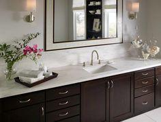 Regenwolken, Badezimmer Umgestaltung, Benutzerdefinierte Arbeitsplatten,  Badezimmer Arbeitsplatten, Spritzschutz, Badezimmerideen, Badezimmer,  Granit, ...
