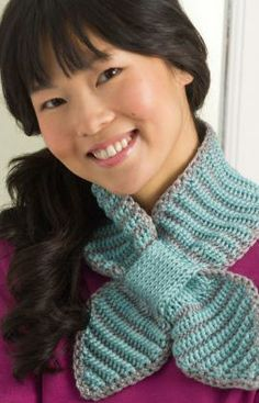 Bow tie neckwarmer - this was made using a double end crochet needle. *scary*