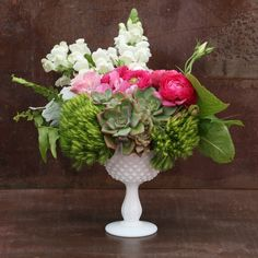 Send the CELESTE bouquet of flowers from VIDA floral in Long beach, CA. Local fresh flower delivery directly from the florist and never in a box!