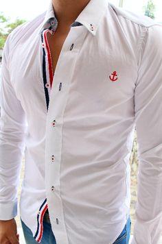 Camisa edición de lujo hecha en México corte ajustado  Resaltando la moda mexicana, camisa slim fit 100%algodón De venta en Tiendas Platino www.tiendasplatino.com.mx