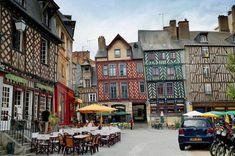 Cette semaine on vous fait découvrir une ville bretonne. On vous emmène à Rennes !