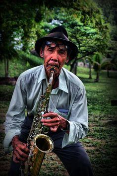 The Saxophonist Photo Mr.Hanis / ziq. Ahmad https://www.flickr.com/photos/antigum/