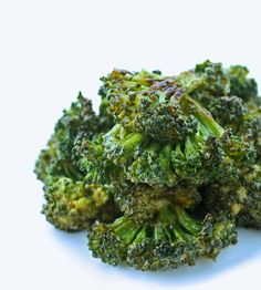 Spicy Sriracha Roasted Broccoli - I Breathe... I'm Hungry... - low carb perfection!