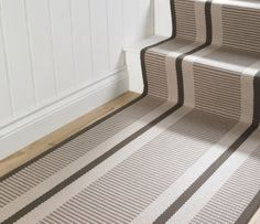 Flatweave Stripes. Transat Almond PNT25 Stair Runner