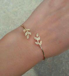 30 Latest Jewelry Bracelets Ideas For Women - 30 Latest Jewelry Bracelets Ideas. - 30 Latest Jewelry Bracelets Ideas For Women – 30 Latest Jewelry Bracelets Ideas… – - Hand Jewelry, Dainty Jewelry, Simple Jewelry, Cute Jewelry, Women Jewelry, Silver Jewelry, Fashion Jewelry, Womens Jewelry Rings, Indian Jewelry