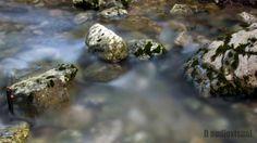 Torrent stones