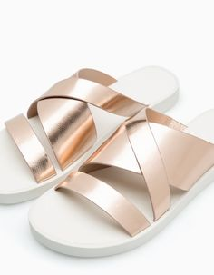 Sport sandal with metallised vamp - All Kids Sandals, Sport Sandals, Women's Shoes Sandals, Shoe Boots, Ladies Sandals, Korean Shoes, Princess Shoes, Shoes World, All About Shoes