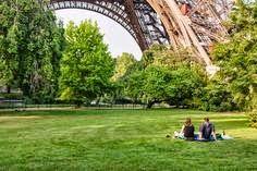 ¿Quieres conocer cuáles son las 16 experiencias que no deberías perderte en París? Te las dejo en el blog  http://www.mbfestudio.com/2014/10/16-experiencias-que-no-puedes-perderte.html  #París #France #viajes #venere #venerecom