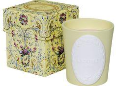 Les Belles Assises - Bougie Ladurée -  Eugénie Un parfum délicat de thé gourmand, une corbeille de fruits rouges généreuse qui dévoile ses gourmandises avec passion.  Une faim de plaisir fruitée.