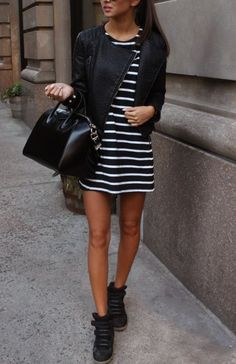 Street fashion. #stripes