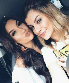 È muito amor só em uma foto meu coração não aguenta Boca Rosa- Bianca Andrade e Nah Cardoso no #NahRua❤