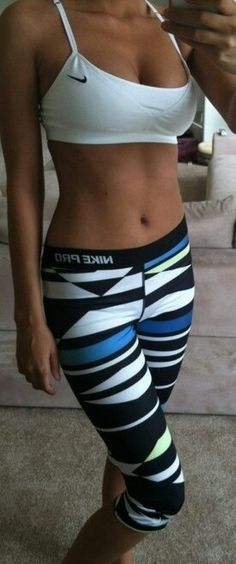 These are the Nike Pro Core Sublimated Womens Capri Tights. Dont know where to Workout Attire Capri Core Dont Nike Pro Sublimated Tights Womens Athletic Outfits, Athletic Wear, Sport Outfits, Athletic Clothes, Gym Outfits, Fitness Outfits, Athletic Pants, Spring Outfits, Fitness Workouts