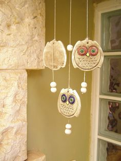 Owls wind bell, Vintage ceramic and wood wind bell. $22,00, via Etsy.