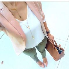 rosa blazer kombinieren 5 beste outfits 10 – rosa blazer kombinieren 5 beste Out… - Outfit Ideen Trajes Business Casual, Business Casual Outfits, Professional Outfits, Office Outfits, Business Attire, Young Professional, Business Professional, Office Wear, Casual Office Attire