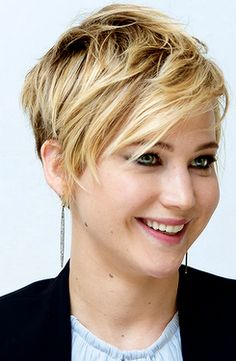 Jennifer Lawrence Pixie cut. Still can't believe she went short. Looks good