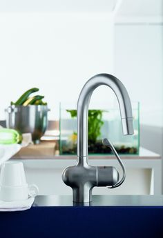 GROHE Zedra: Contemporary design and maximum functionality.